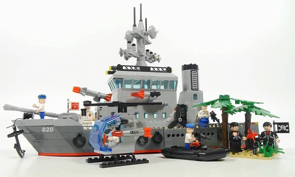 搭建启蒙积木玩具,军事系列820护卫舰