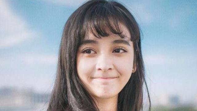 杨幂又新签了一位艺人,撞脸热巴和娜扎 曾出演《漂亮的李慧珍》