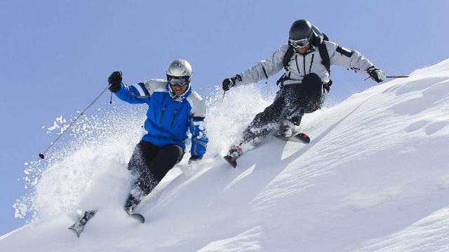 百年难得一遇的滑雪视频速度与激情