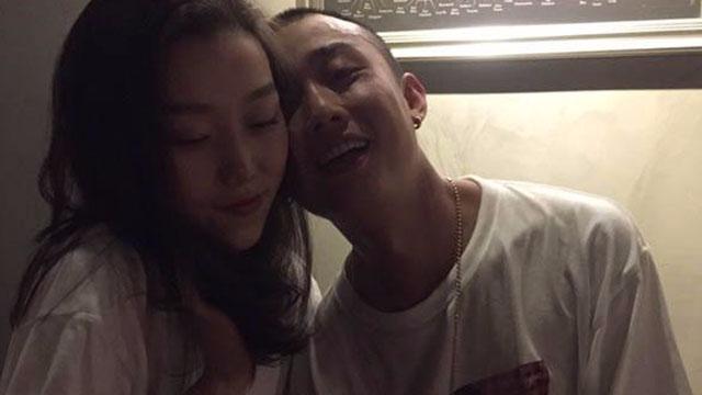 中国有嘻哈gai录节目期间和女朋友拌嘴,扬言要退比赛