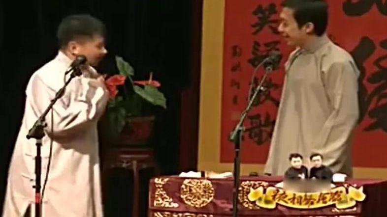 秋霞影院洋药方:何云伟发传单,李菁想要一张看看,谁知发完了!