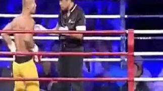 武林风一龙最新比赛ko视频 少林功夫VS空手道