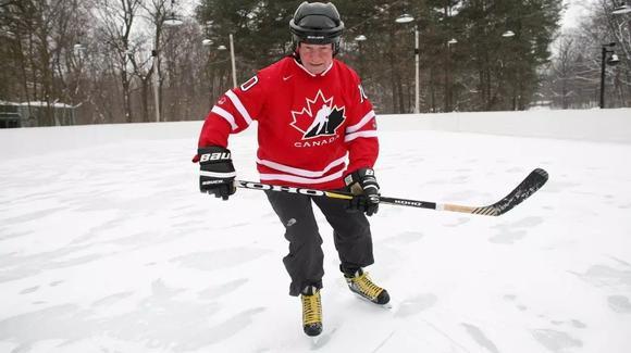 进击的荷尔蒙:加拿大冰球运动大揭秘