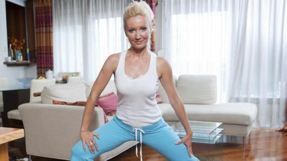 饭后能不能做运动?这组简单的动作让肥肉统统不见了!白领减肥操