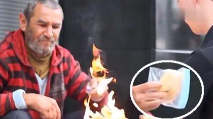 专为流浪者表演的最暖心的小魔术