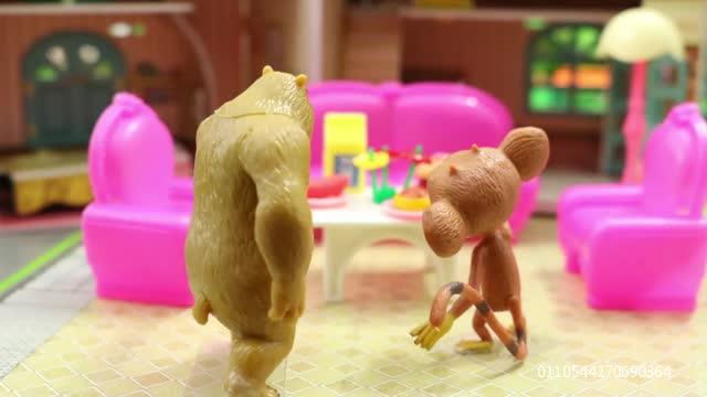 熊出没亲子故事 小猴毛毛帮熊二洗衣服,会发生什么趣事呢?