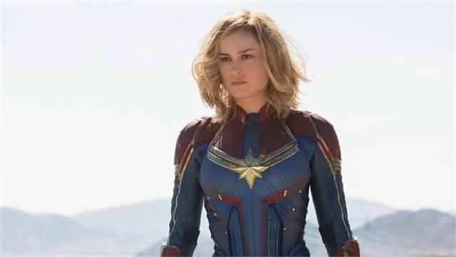 惊奇队长海量剧照曝光,女超级英雄红黄蓝战衣帅到炸裂