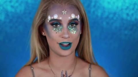 万圣节国外美女居然挑战可爱的美人鱼妆