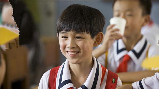 【西小河的夏天】小演员走心演绎一代人成长记忆