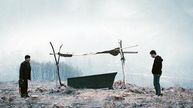 几分钟看完电影《心迷宫》,揭开一个村子混乱成局的关系!