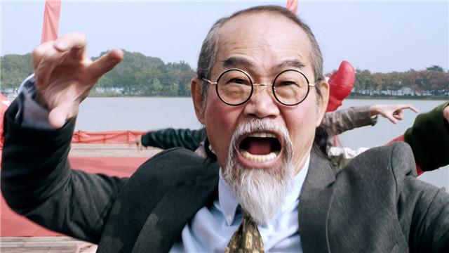 """【泡菜爱上小龙虾】  """"老怪""""元华率小龙虾家族开业迎宾"""