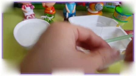 米老鼠和唐老鸭一起学习制作饼干,比得兔 彩虹小马 蜡笔小新