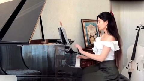 美女御姐钢琴弹奏古风热曲《知否知否》刚柔并兼不绝如缕!好听!