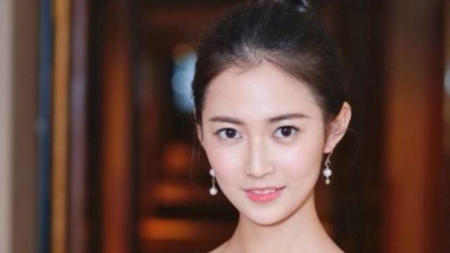 唐嫣旗下签约艺人,曾参演《锦绣未央》,新戏给杨紫当配角
